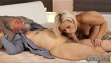Blowjob fail first time Surprise your gf and she will pulverize with