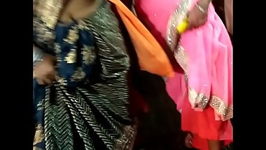 NORTH INDIAN AUNTY NAVEL AND WAIST CARNIVAL VIDEO 8
