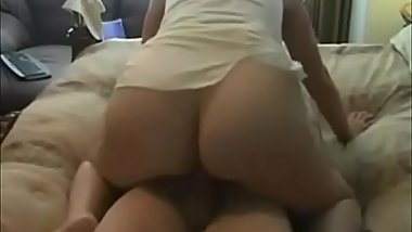 Hot ass wife creampied at home