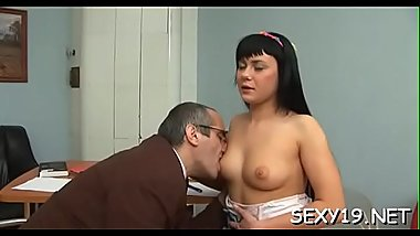 Babe is getting her twat ravished by teacher on the couch