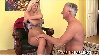 Babe ass fucked by geezer