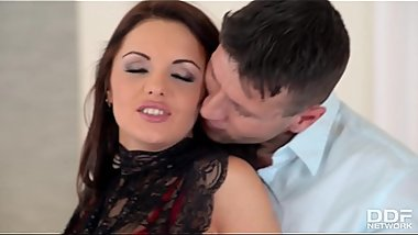 Top-Heavy Pornstar Dominica Phoenix Gets Her Stretchy Rosebud Pounded