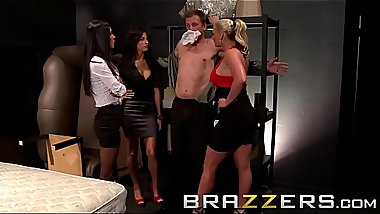 (Jessica Jaymes, Kortney Kane, Phoenix Marie) Share one cock - Brazzers