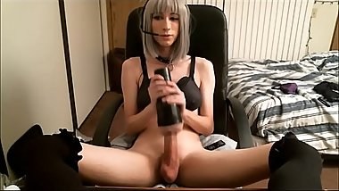 Shemale Bombshell Masturbating With A Fleshlight