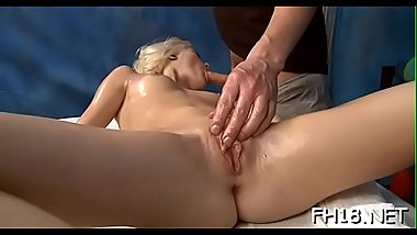 Babes play with one fat rod and get it deep inside of cookies