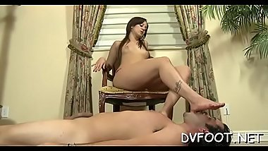 Gal babe gets her sexy toes licked and gives a hot footjob