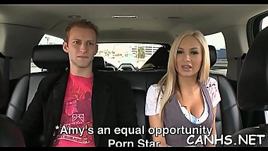 Agile and hawt pornstar doesn'_t mind organizing a cock-riding session