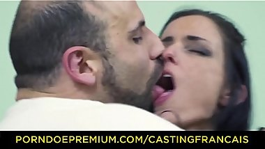 CASTING FRANCAIS &ndash_ Tattooed Candian babe rides huge cock