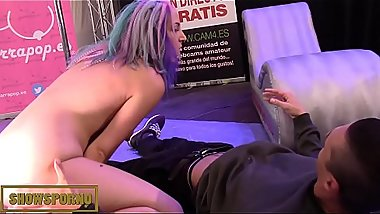 Teen babe bluehead masturbating with giant dildos