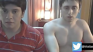 HERMOSOS LATINOS EN WEBCAM